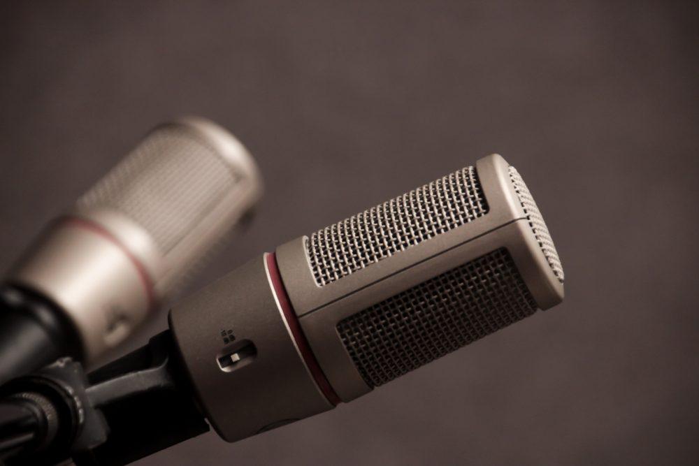Pourquoi j'écoute des podcasts | Mon amour pour le format audio